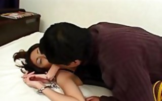 sexy oriental female-dominator ari watabe felt out