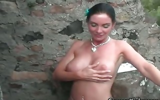 perverted carmen gets outdoor to pick part2