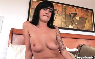 pierced teats tattooed kayden faye making horny