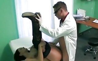 hottie drilled and cummed with fraud doctor