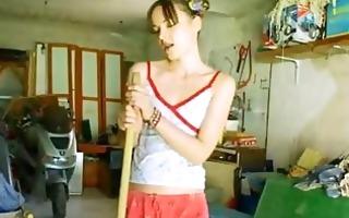 the majority beutiful garage girl