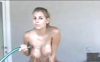 nicole graves washes her hots body