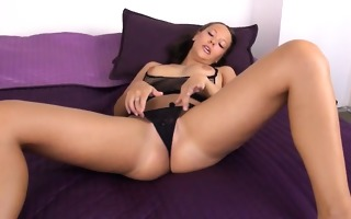 spanish model gaping with gyno toys