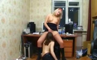 mistresse babe in ravishing sexy spanking