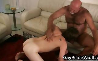 slutty gay bear fucking and engulfing