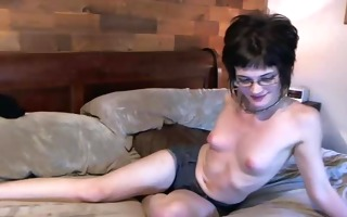 dilettante with glasses cam oral job fun