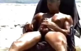 hung giant muscled str guy jerks off on public